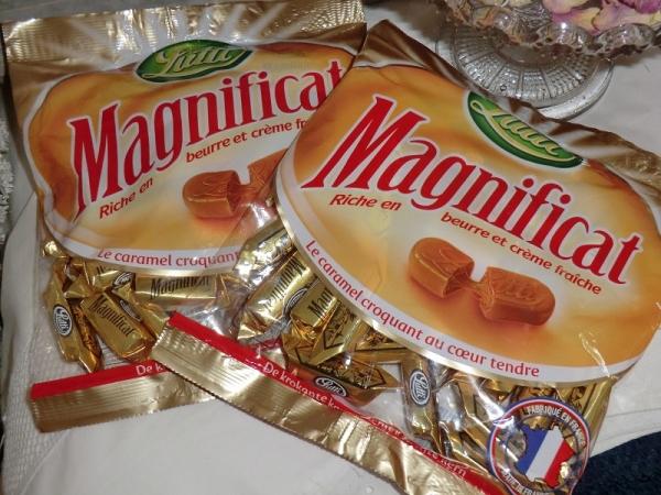 Lutti 1 x 250 g Magnificat gefüllte Karamell-Bonbons Lutschbonbons