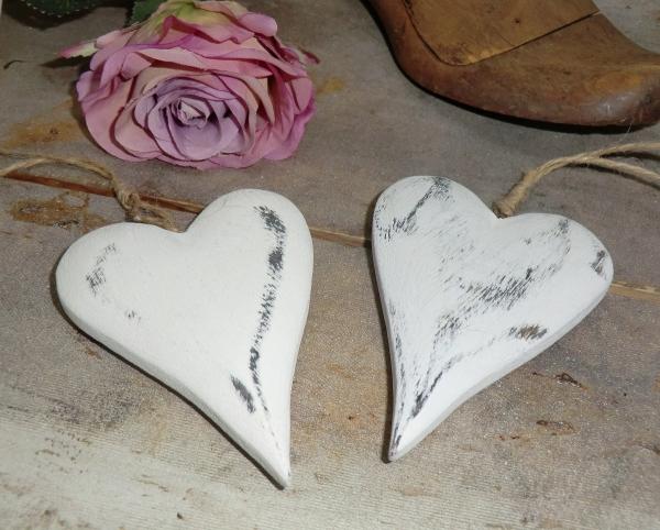2er Set Holzherz weiß grau zum Aufhängen, Landhausstil, auch für Floristik