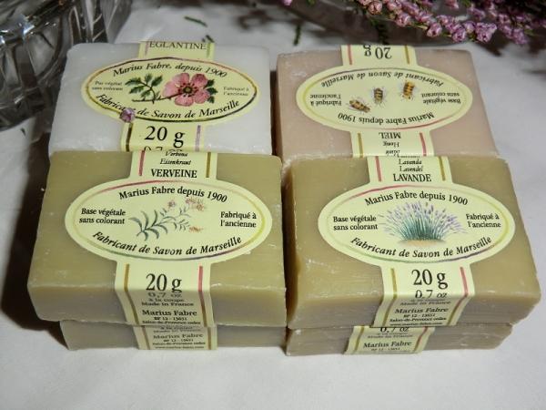 Marius Fabre 8 x 20 g Gästeseife Rose Lavendel Honig Eisenkraut Sortiment